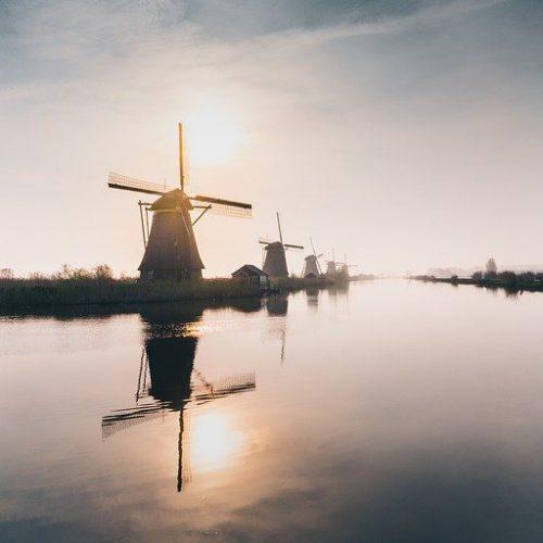 Een huis kopen in Duitsland of Amsterdam?